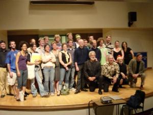 Participantes de percusión en Toronto Summer Music Festival con miembros del ensamble Nexus en 2006.